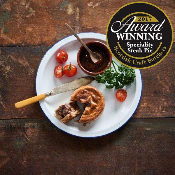 Individual Steak & Black Pudding Pies (4 per pack)